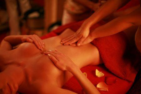 eroticheskiy-massazh-v-alushte